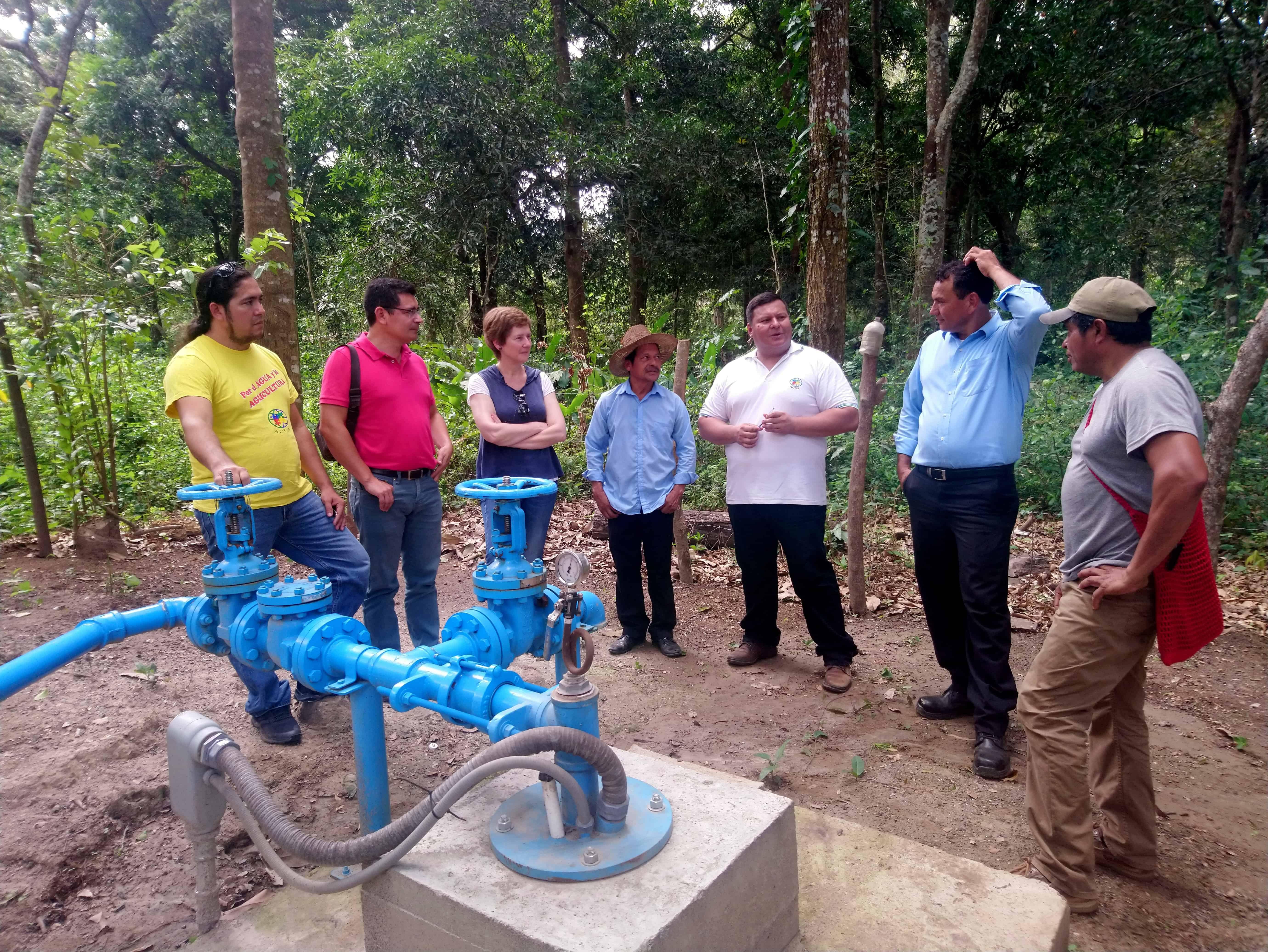 Seguimiento de proyectos en El Salvador y Honduras