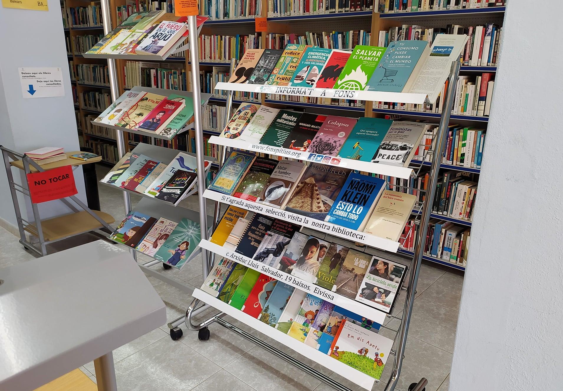 "Biblioteca viatgera ""Informa't a fons"""
